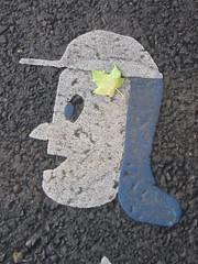 Bike Stencils on Broadway (vj_pdx) Tags: portland portlandor portlandoregon pdx bikelanestencil bicyclelanestencil