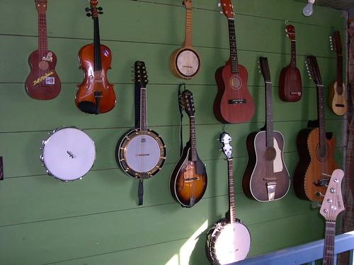 ukes, uke, ukulele, ukelele, Hawaii