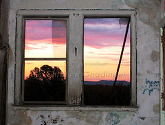 Waverly Hills Sanitorium in Louisville, KY (joschmoblo) Tags: copyright building beautiful sunrise picturesthroughholes historic haunted creepy spooky allrightsreserved hauntedhouse 2007 waverlyhills waverlyhillssanitorium hauntedplace joschmoblo christinagnadinger