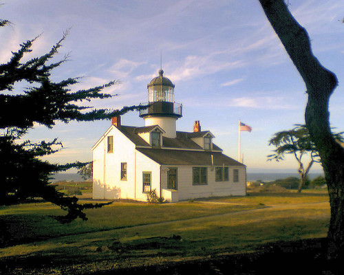 The Los Pinos Lighthouse