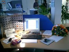 mein arbeitsplatz am letzten tag (ellelala) Tags: office bro