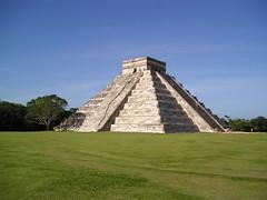 Chichénitza - Piramide de Kukulkán 2 (perspective-OL) Tags: 2003 november america de geotagged mexico mesoamerica temple ruins novembre maya yucatan ruinas amerika pyramide mundo templo ruinen piramide geolat20682773 geolon88566846 chichénitza kukulkán