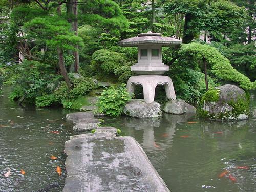 tea gargen - little pagoda