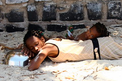 Sunday siesta (Farl) Tags: africa beach smile childhood fun coast sand frolic sleep muslim daughter mother smiles sweat innocence siesta rest noon madagascar africans malagasy ramena diegosuarez antsiranana emeraldsea merdemeraude