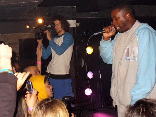 11-22-05 The Genius - GZA @ Crash Mansion (10)