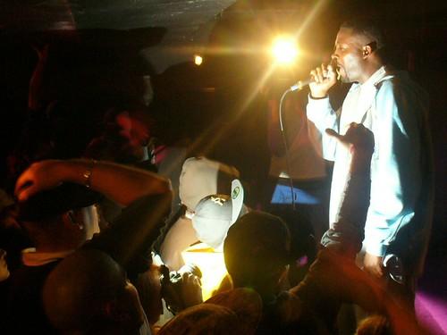 11-22-05 The Genius - GZA @ Crash Mansion (33)