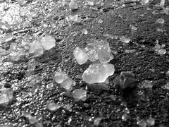 Salt, monochrome