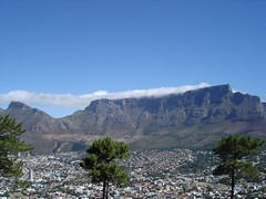 Tafelberg mit Tischtuch (Sunschein) Tags: africa cloud mountain table town south devils hill peak cape afrika signal tafelberg sd tischtuch