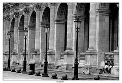 Le Louvre - Outside (Arnold Pouteau's) Tags: bw paris france louvre
