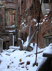 PC060021 (gmpicket) Tags: urban snow newyork abandoned architecture ruins decay landmarks rooseveltisland renwick smallpoxhospital blackwellsisland