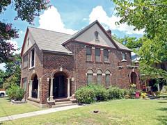 Duplex House, Fairmount (StevenM_61) Tags: house architecture apartments texas residence fortworth brickhouse