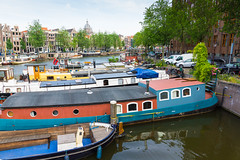 Colourfull Boats (Paul Rebel1) Tags: holland dutch amsterdam nederland thenetherlands canals