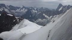 Bajando de la Aiguille du Midi (_Toni_) Tags: alps alpes midi chamonix francia mont blanc aiguille glacia maudit tacul