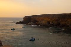 _MG_5652 (Braulio D.H.) Tags: grancanaria mar barco fuerteventura paisaje pesca rocas islascanarias atraque