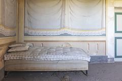 cosy (FoKus!) Tags: villa bastia ue eu europe lost decay derelict abandon abandoned empty unused verlassen italie italia italy urbex explo exploration painting fresco