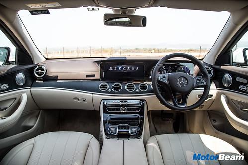 2017-Mercedes-E-Class-LWB-21