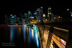 Light Trail at Jubilee Bridge (cxianwei) Tags: landscape singapore nightscenery lighttrail jubileebridge esplanade