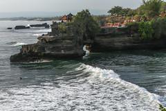IMG_4536 (FelipeDiazCelery) Tags: indonesia bali tanahlot templo temple religion induhismo hinduismo sea mar playa beach surf
