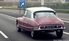 Citron DS 23 Pallas 1974 (XBXG) Tags: auto old france holland classic netherlands car vintage french 1974 automobile ds nederland citron voiture 23 frankrijk a4 schiphol paysbas ancienne pallas tiburn snoek citronds desse franaise strijkijzer psbp54