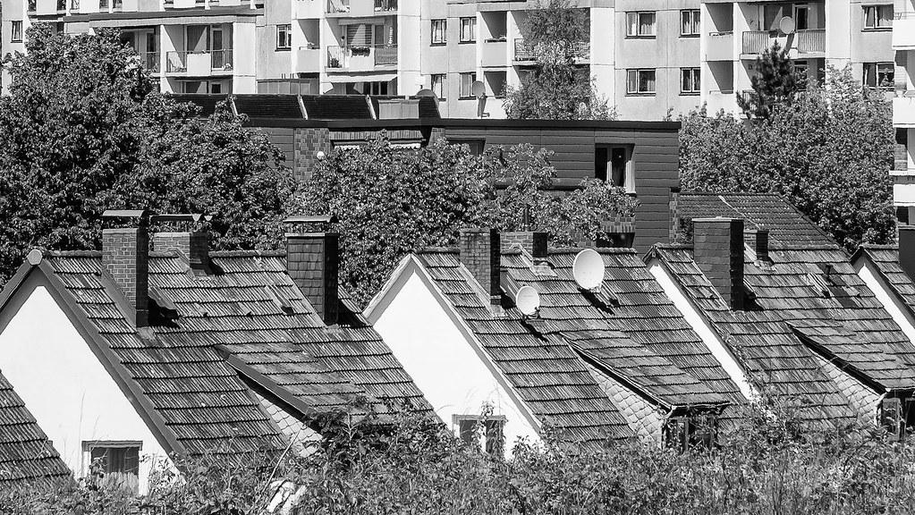 huser vs plattenbau stephan krahn tags balkon haus plattenbau dach schornstein hochhaus - Muster Huser