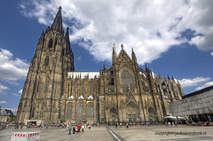 "Cologne Cathedral • <a style=""font-size:0.8em;"" href=""http://www.flickr.com/photos/45090765@N05/19671004754/"" target=""_blank"">View on Flickr</a>"