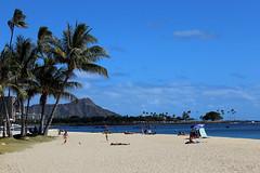 Vacation in Hawaii... Water. Beach. Palm trees. Extinct volcano. Wait what??? (50 mm bandit) Tags: beach volcano hawaii downtown waikiki oahu diamondhead honolulu waikikibeach downtownhonolulu extinctvolcano