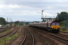 DB Class 66 No.66084 (borg379) Tags: uk db signals gb coal freight semaphore ews railfreight barnetby 66084