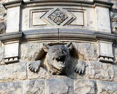 moszna broken teeth (kexi) Tags: poland polska europe moszna castle palace sculpture angry canon november 2015 stone bear teeth broken instantfave wallpaper