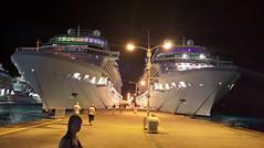 081/105 28-12-2016 Phillipsburg, Sint Maarten (Mark Hewson) Tags: celebrity equinox eclipse caribbean