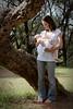 Marilú y Saya (Mónica Omayra) Tags: motheranddaughter mother child childhood motherhoor park nature french mum daughter girl paraguay parque breastfeeding freethenipple women woman girlpower mom