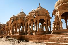 Beautiful royal cenotaphs in Bada Bagh, Jaisalmer, India ジャイサルメール バダ・バーグの美しい王家の墓たち (travelingmipo) Tags: travel photo india asia 旅行 写真 インド アジア rajasthan ラジャスタン ラジャスターン goldencity ゴールデン・シティ jaisalmer ジャイサルメール badabagh barabagh バダ・バーグ architecture cenotaph chhatri arch dome decoration decorative pavilion monument
