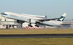 B773 Cathay (matgawron) Tags: plane planespotting airport landing gear power airbus boeing man egcc b757 ielandair a321 a320 a319 sas aegan brussels austrian embraer a170 a175a190 a195 american usa delta b763 b767 b752 b747 thomas cook easyjet ryanair vueling cathay pacific hainan b777 b773 b772 sun v1 rotate take off