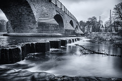 #Langzeitbelichtung - #Jena #Burgau an der #Saale (graser.robert) Tags: adobe black bridge brücke burgau d7100 flickrfriday flus friday germany jena langzeitbelichtung lightroom nikon outdoor robertgraser saale salle thüringen tokina tokinarmc17mmf35 weis white bw collection einfarbig exposure flickr lighttime long monochrome nik photographer photography schwarz deutschland de
