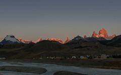 El Chalten, Argentina - Sunrise over Mount Fitz Roy (GlobeTrotter 2000) Tags: argentina chile elcalafate elchalten fitzroy mountain patagonia souteamerica trek hike hiking landscape peak snow sunrise sunset tourim travel trekking visit