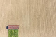 Red Barn (Aerial Photography) Tags: field lines by barn landscape cornfield landwirtschaft feld aerial m agriculture landschaft deu luftbild luftaufnahme laufzorn obb linien bayernbavaria deutschlandgermany maisfeld ackerbau oberhaching feldscheune fotoklausleidorfwwwleidorfde oberhachinglkrmünchen 03062015 5d393369