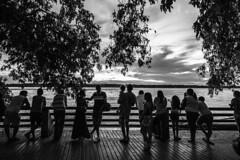 Silhuetas nas margens (felipe sahd) Tags: city cidade people brasil pessoas noiretblanc silhuetas riomadeira portovelho rondônia 123bw
