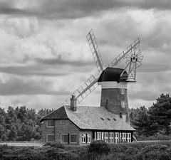 Waiting for Wind (andycmfs) Tags: windmill dslr weybourne northnorfolk weybournebeach weybournecliffs nikond7200 tamron70020000mmf28