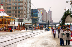 Merry Christmas and Happy New Year (John Riper) Tags: johnriper street photography straatfotografie john riper canon 50d 1755 berlin city hall rathaus christkindl markt christmas snow frost tram bridge streetcar people