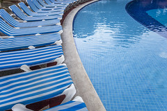 20170103_swimming_pool_cancun_6677a (isogood) Tags: swimmingpool pool swim sun sunny sunshine holidays travel turism resort summer vacations relaxation cancun rivieramaya leisure poolside bahia bahiaprincipe coba akumal tulum