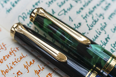 Pelikan M620 Berlin and M600 (kitchener.lord) Tags: pelikan m620 m600 pens macro 2017 xf27 cap clip ink diamine darkgreen blazeorange