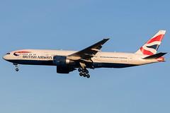 G-VIIV / British Airways / Boeing 777-236(ER) (Charles Cunliffe) Tags: canon7dmkii aviation londongatwickairport egkk lgw britishairways baw ba boeing 777 777200er gviiv