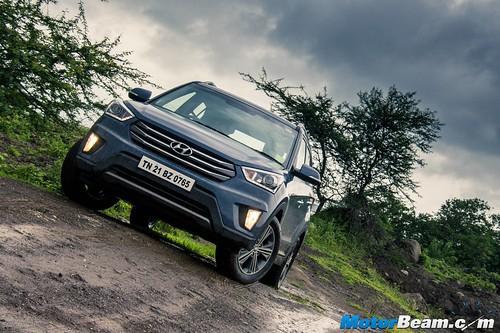 2015-Hyundai-Creta-02