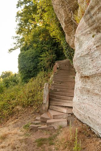 Escalier vers le Mont Saint-Michel à Saint-Jean-Saverne