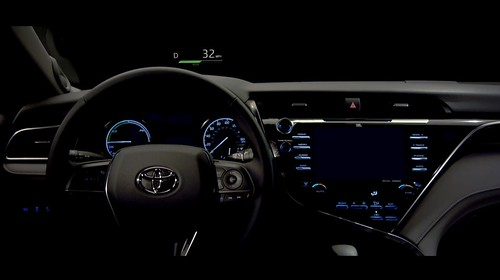 2018-toyota-camry-unveiled-in-detroit-looks-sporty_22