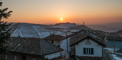 Barbaresco (Carles Alonso photo) Tags: cold barbaresco landscape sunset piemonte nature valley travel public outdoor wine italy planet snow