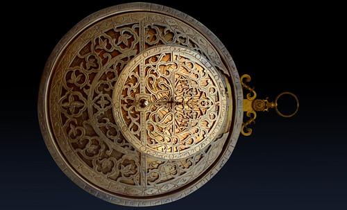"Astrolabios, ubicantes de estrellas guía • <a style=""font-size:0.8em;"" href=""http://www.flickr.com/photos/30735181@N00/32569387966/"" target=""_blank"">View on Flickr</a>"
