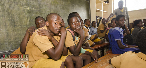"Chilaweni school Blantye Malawi • <a style=""font-size:0.8em;"" href=""http://www.flickr.com/photos/132148455@N06/18386399420/"" target=""_blank"">View on Flickr</a>"