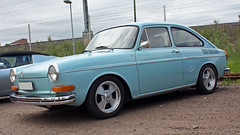 1972 VW Limo 1600 T31 (crusaderstgeorge) Tags: cars vw sweden limo gävle 1600 sverige 1972 classiccars bluecars t31 järnvägsmuseet 1972vwlimo1600t31