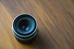 Carl Zeiss Jena 2.8/50 (motozealander) Tags: broken zeiss lens 50mm bokeh carlzeiss zeiss135