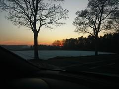 coucher de soleil prit sur le vif (Lizzy knox) Tags: sunset landscape orange soleil countryside campagne nature exterieur hiver winter arbres trees neige snow belgique wallonie